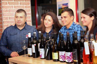 """Младите български енолози: """"Помагаме си и напредваме заедно!"""""""